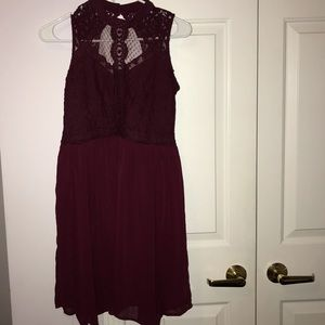 Lace Detailed Maroon Dress